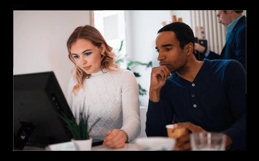 Kursbuchung und Information bei DIALOG